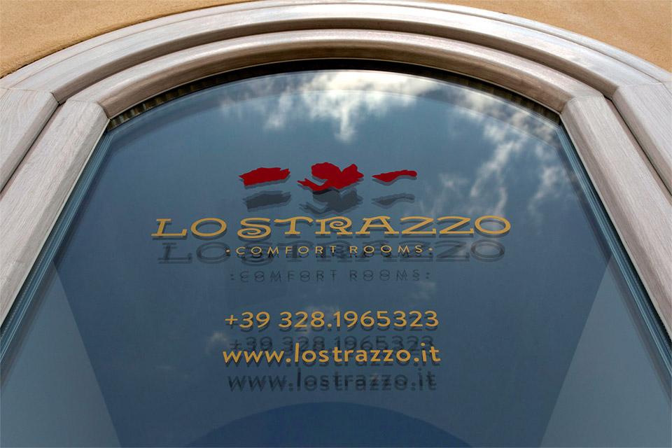 lo strazzo comfort rooms ego55 branding